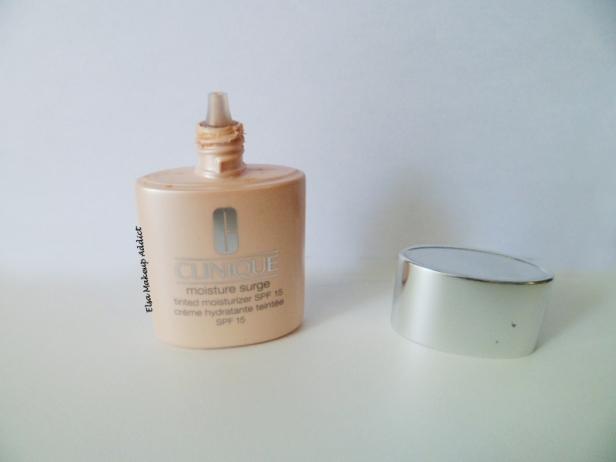 Moisture Surge Crème teintée Clinique 2