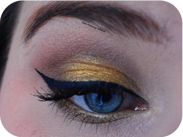 Makeup Fêtes Doré Lèvres Rouges 1