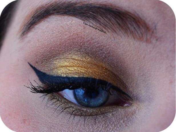 Makeup Fêtes Doré Lèvres Rouges 2