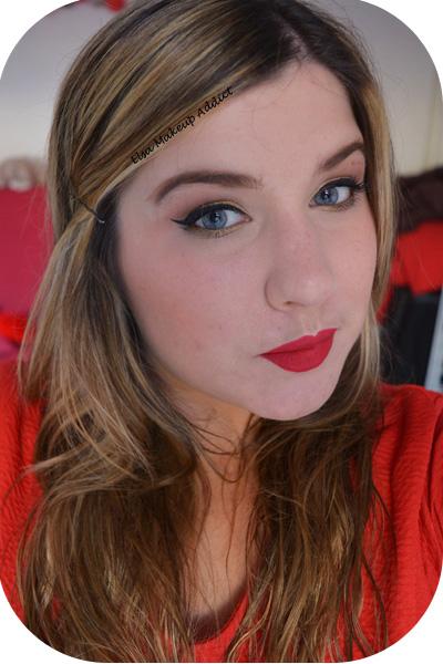 Makeup Fêtes Doré Lèvres Rouges 5