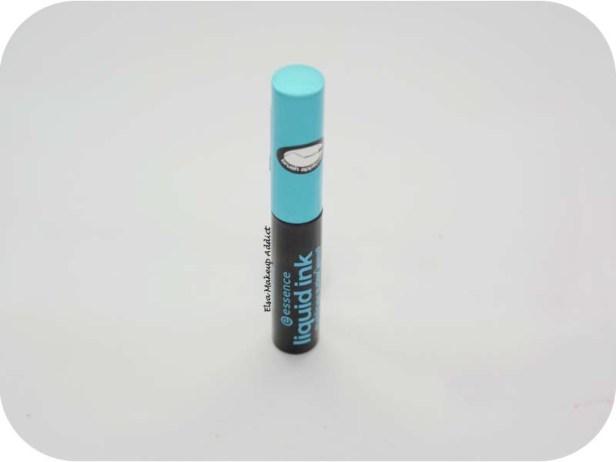Liquid Ink Eyeliner Essence 1