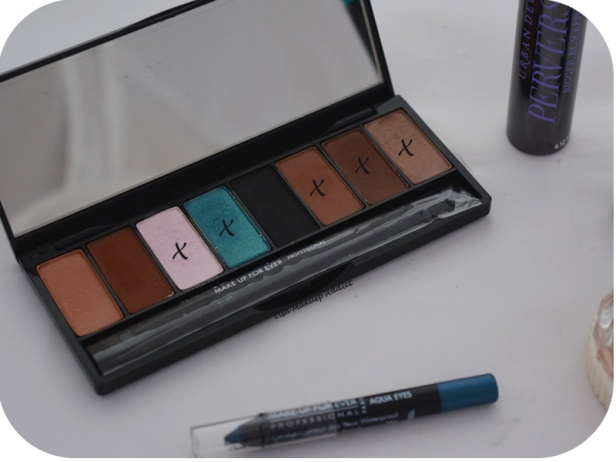 Makeup Blue Sepia MUFE 4