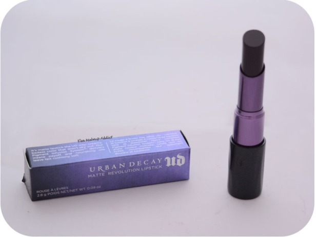 Matte Revolution Lipstick Blackmail Urban Decay 2