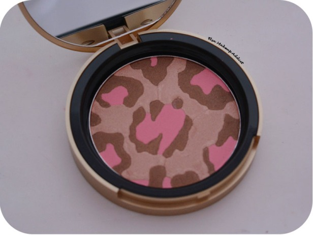Blushing Bronzer Pink Leopard Too Faced 4