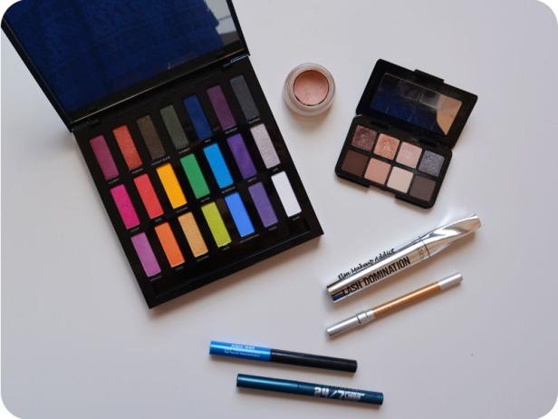 Neon Makeup Full Spectrum Urban Decay 10