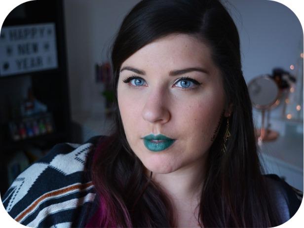Studded Kiss Lipstick Plan 9 Kat Von D 12