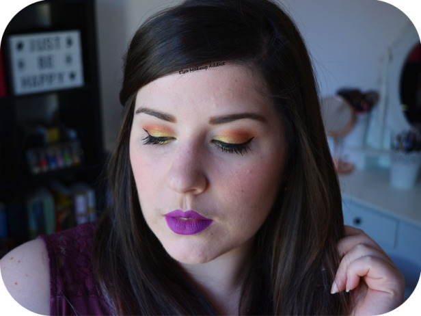 Gold Makeup Life's a Festval Too Faced 6